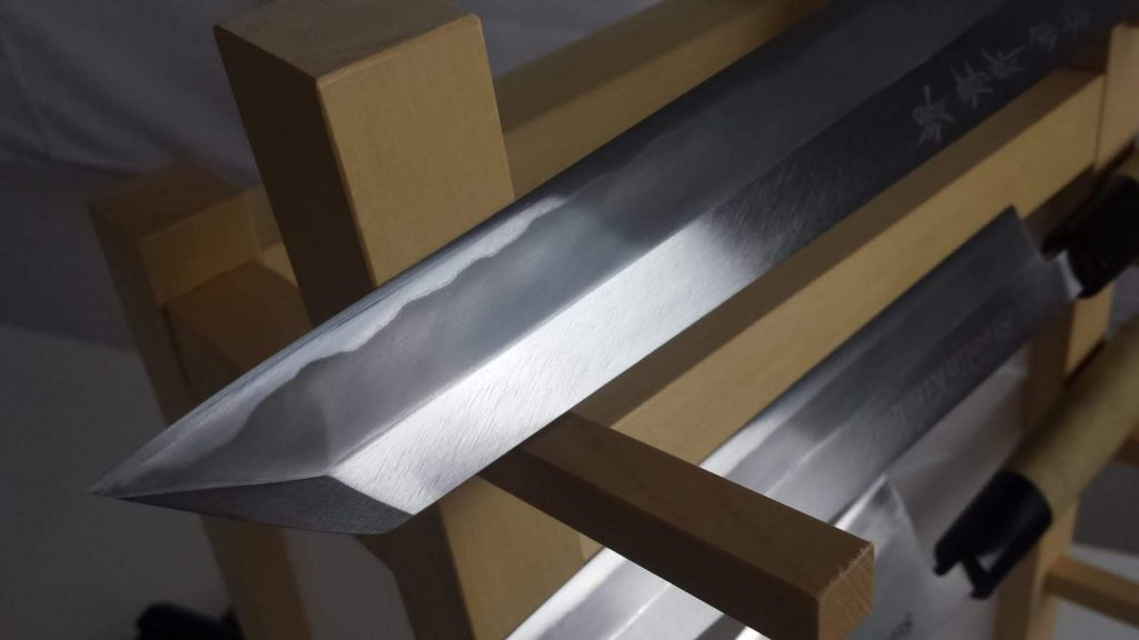 Coltello da cucina in stile tradizionale Kiritsuke dopo la lucidatura